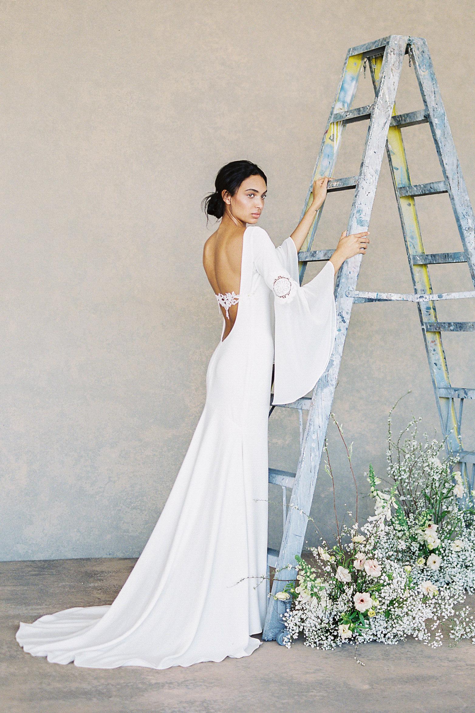 Vestidos de novia con escote en la espalda 2019